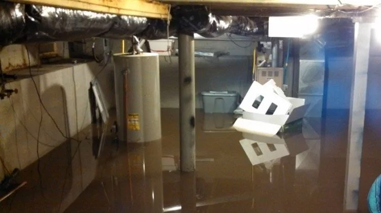 Everyone dreads the thought of a flooded basement damaging one's home and losing valuable possessions along the way. It is an unwanted and yet a common reality for some. Truthfully, a flood emergency can occur at any given time.